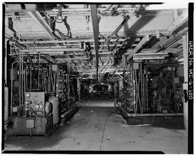 Dodge Hamtramck Plant BODY BUILDING, FIRST FLOOR, VIEW WEST, 1980