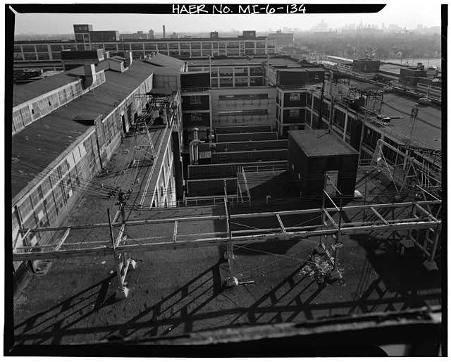 Dodge Hamtramck Plant MAIN BUILDING #1, ROOFTOP, VIEW SOUTHEAST, 1980