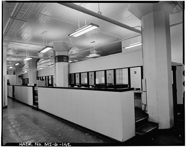 Dodge Hamtramck Plant MAIN BUILDING #2, THIRD FLOOR PAYROLL OFFICE, VIEW NORTH, 1980