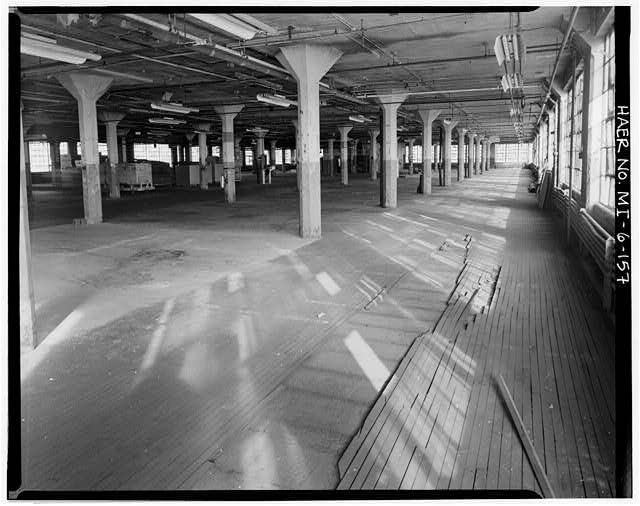 Dodge Hamtramck Plant MAIN BUILDING #4, FOURTH FLOOR, VIEW SOUTH, 1980