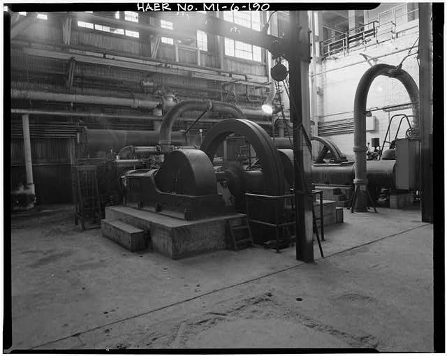 Dodge Hamtramck Plant POWER HOUSE, SECOND FLOOR, MAIN COMPRESSORS, VIEW SOUTH, 1980
