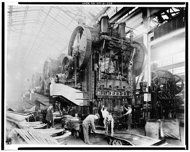 Dodge Hamtramck Plant PRESSED STEEL BUILDING, MACHINERY, 1915