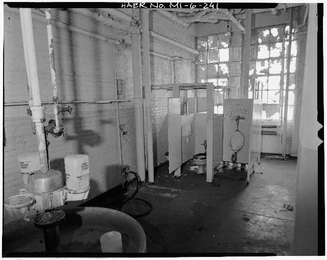 Dodge Hamtramck Plant WAREHOUSE BUILDING, FOURTH FLOOR, MEN'S WASHROOM, 1980