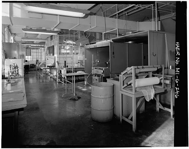 Dodge Hamtramck Plant WAREHOUSE BUILDING, EIGHTH FLOOR, LAB, 1980
