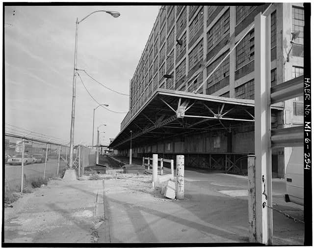 Dodge Hamtramck Plant WAREHOUSE BUILDING, VIEW SOUTHEAST, 1980