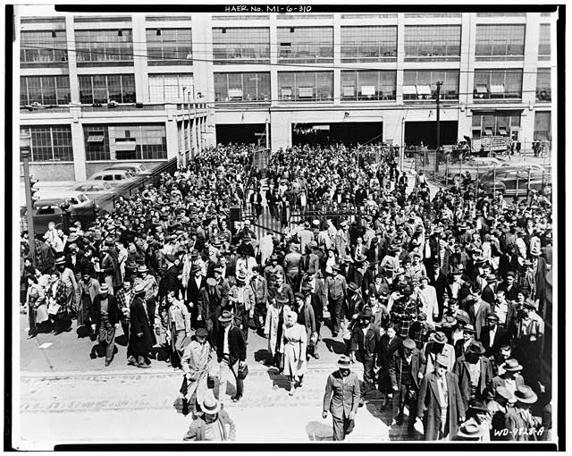 Dodge Hamtramck Plant WORKERS LEAVING JOSEPH CAMPAU GATE, 1950
